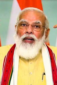 Ahead of Bihar polls, PM inaugurates 3 petro projects