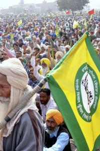 Crowd gathering doesn't lead to repeal of laws: Tomar