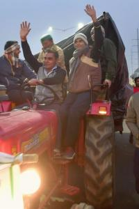 Will attend talks with govt but don't have much hope: Farmers