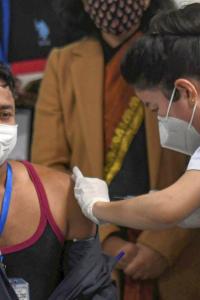 Vaccine fear is unwarranted: Delhi man after getting jab