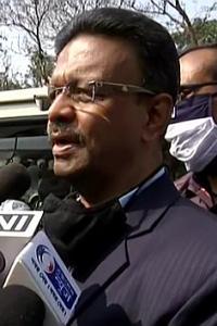 Narada bribery case: 2 Bengal ministers at CBI office