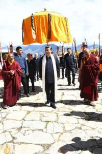 Why Chinese Leaders Are Rushing To Tibet