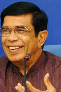 Congress leader Oscar Fernandes passes away