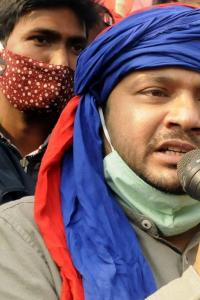 Ahead of joining Congress Kanhaiya removes his AC unit from CPI office