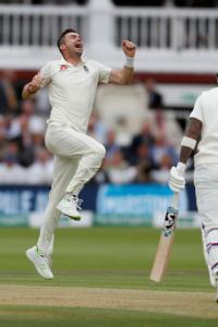 PHOTOS: England vs India, 2nd Test, Day 2
