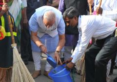 Is it Modi's job to get Indians to be clean?