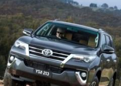 How Toyota Fortuner 2016 fares against Endeavour and Trailblazer
