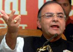 Jaitley: 'India is struggling between populism and policy'