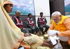 'PM can't say cleaning sewers is a spiritual experience'