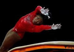 Biles wins vault gold to tie Worlds medal record