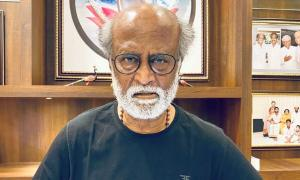 Rajini to hold key meet to decide on political plunge