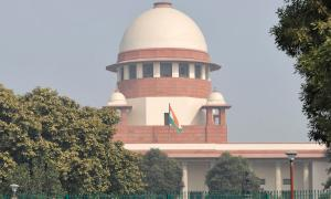 Have issued show cause notice to Sudarshan: Govt to SC