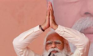 Mamata playing politics with the dead: Modi