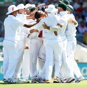 Proteas ruin Ponting farewell with emphatic win