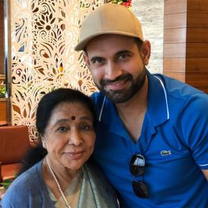 When legend Asha Bhosle bumped into Irfan Pathan