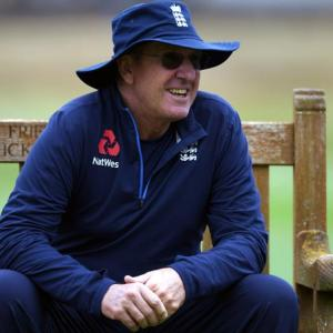 Why England coach Bayliss is defending Team India