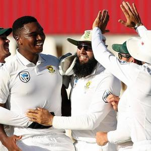 Pacer Ngidi leaves India in a mess on Day 4