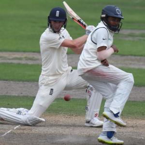 England Lions in driver's seat against India 'A'