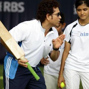 Here's your chance to take cricketing lessons from Tendulkar