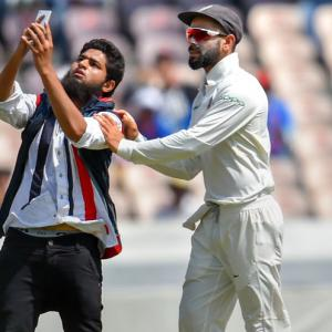 PHOTOS: Another security scare for India captain Kohli