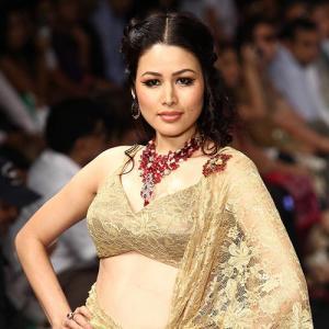 IMAGES: Zarine, Preeti, Sonali sparkle in diamonds!