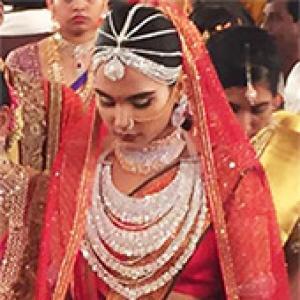 The Rs 17 crore sari: 'Has it got diamonds on it?