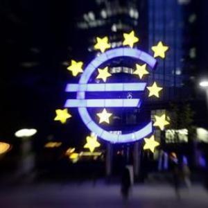 Euro crisis more threatening than crash in 2008: Soros