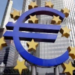 Obama welcomes decision on Eurozone crisis