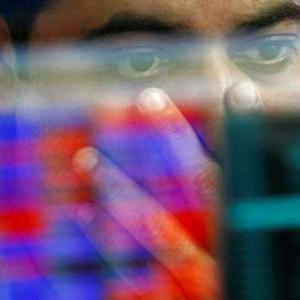Sensex ends in red as late sell-off reverses early gains