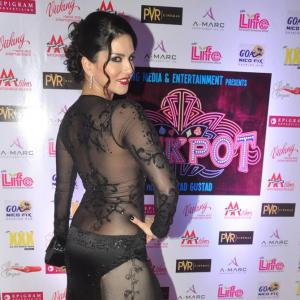 PIX: Sunny Leone, Shah Rukh Khan at Jackpot screening