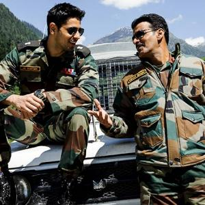 Review: <I>Aiyaary</I> is deceived by its own cleverness
