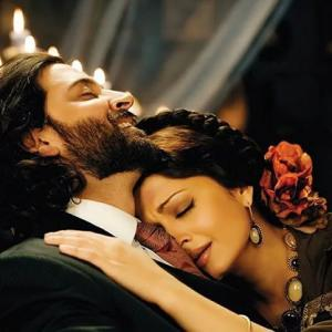 Love Stories that FLOPPED in Bollywood