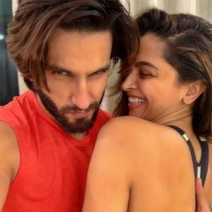 Ranveer gets romantic with Deepika