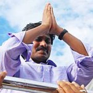 AP CM row: Jagan calms supporters, Cong in dilemma