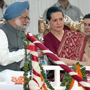 Explain Quattrocchi link, BJP tells Sonia Gandhi