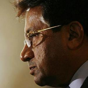 Musharraf goes 'the anti-India way' for Pak polls