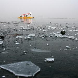 IN PICS: Kashmir reels under severe cold
