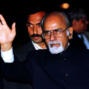 I K Gujral: A suave politician, foreign policy expert