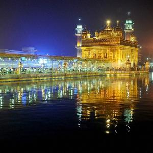 Doormats, rugs with Golden Temple image on Amazon causes outrage
