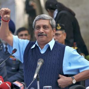 Parrikar down with mild pancreatitis, to be discharged soon