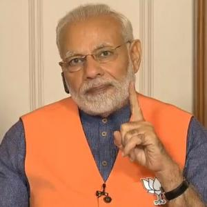 Congress spreading lies, dividing society: Modi's to K'taka BJP workers