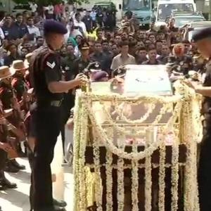 Vajpayee's mortal remains leaves residence for BJP HQ