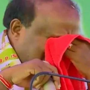 Have swallowed pain of coalition govt, says tearful Kumaraswamy