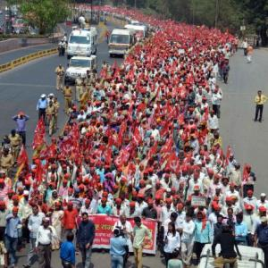 To 'expose' govt's 'betrayal' over MSP, farmers' groups plan 4-month agitation