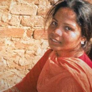Asia Bibi still in Pakistan; reports of her leaving the country 'fake news'