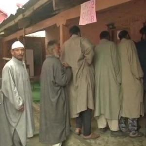 Voting underway for last phase of municipal polls in J & K