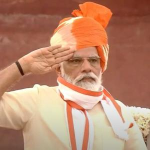 Salute our Corona warriors: PM on I-Day