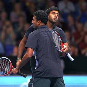 Tour Finals Images: Bhupathi-Bopanna, Paes-Stepanek score
