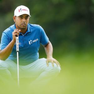 Sports Shorts: Lahiri tied 7th after flying start, Woods 14th
