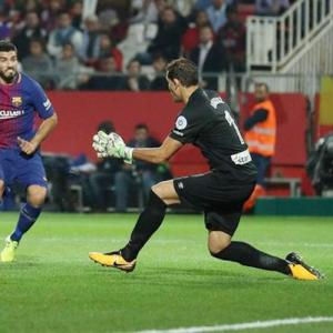 Barca too good for Girona; Real sneak past Alaves